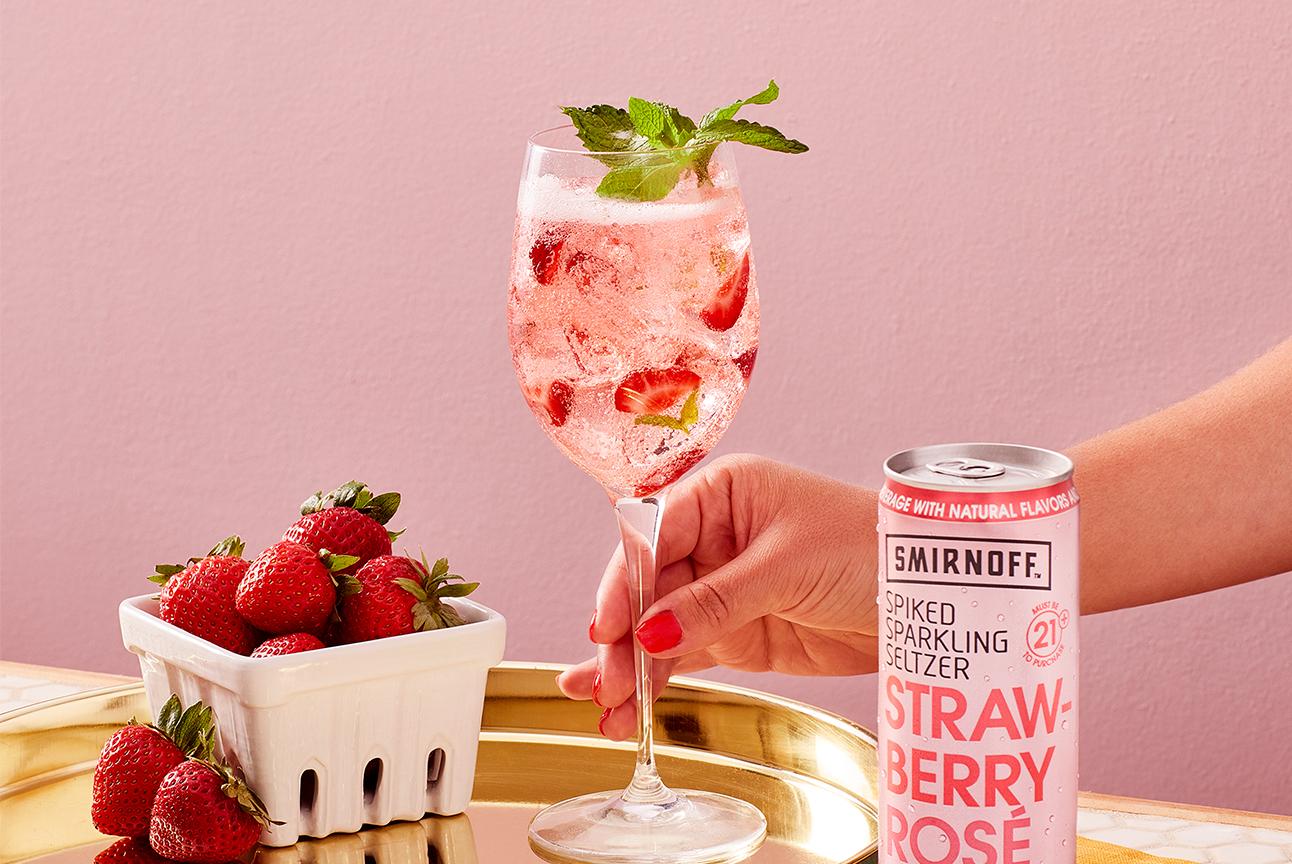 Smirnoff Seltzer White Sangría